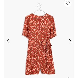 Madewell wrap front Romper in Daisy field